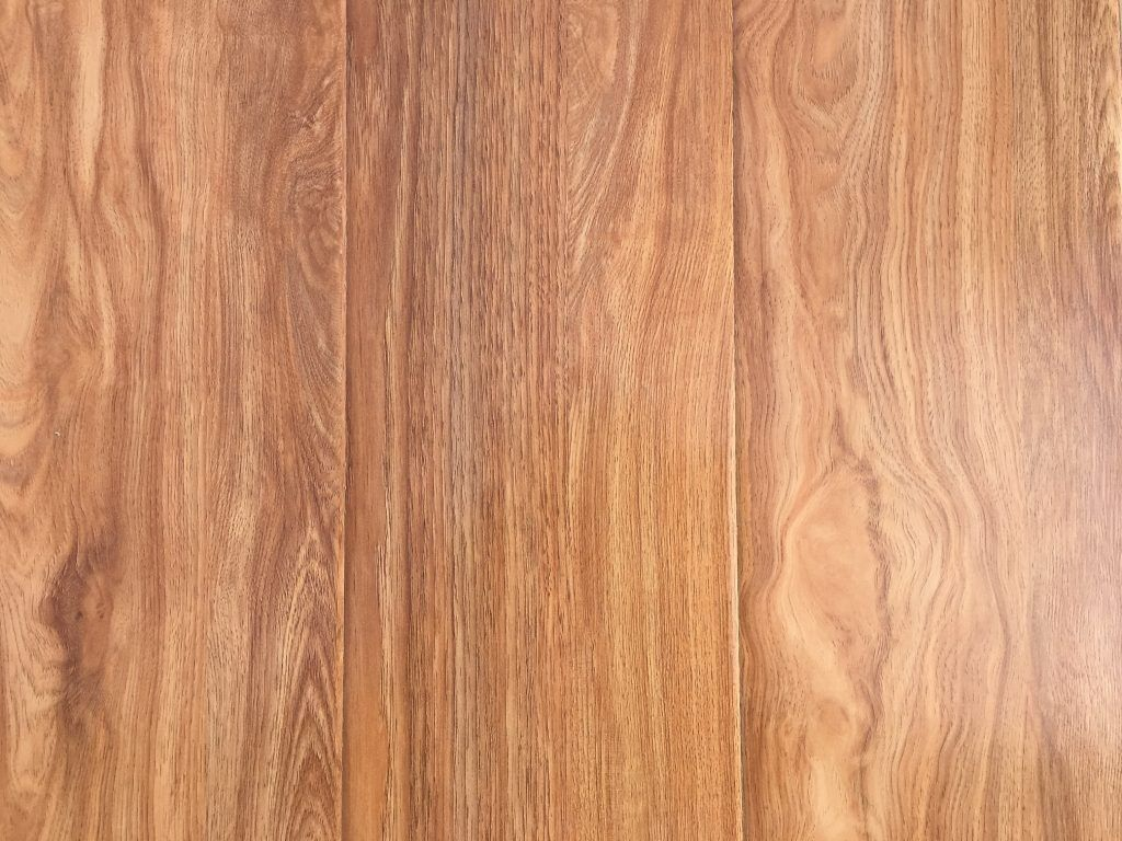 Tasmanian Oak Country Classics 12mm Laminate Floor Lion