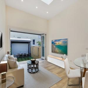 12mm-Laminate-Flooring-NSW
